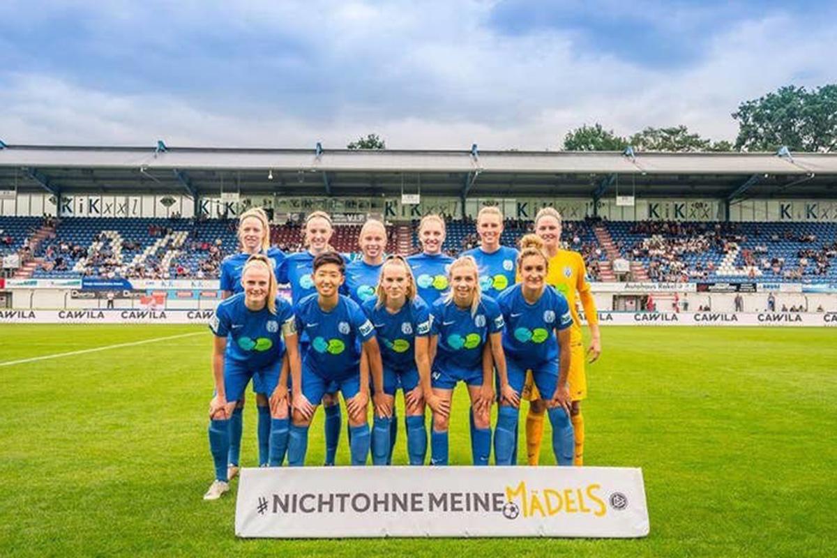 女子サッカー チーム