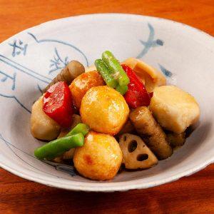 揚げ団子と根菜の炊き合わせ
